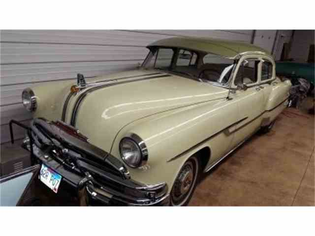 1953 Pontiac CHIEFTAN    Sedan | 992625