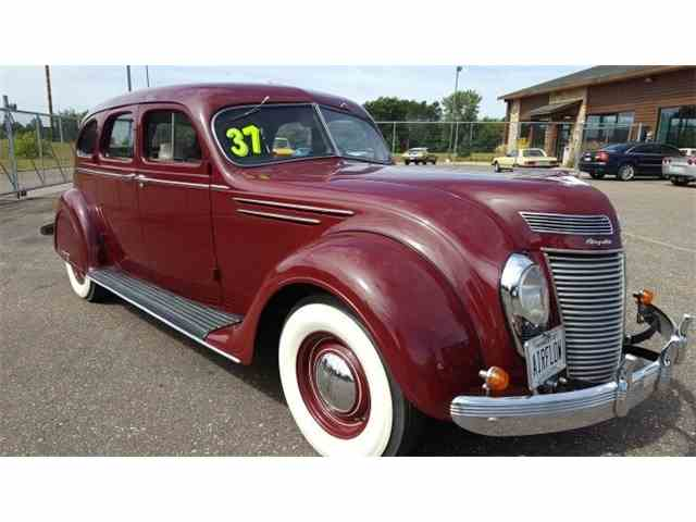 1937 Chrysler Airflow    Sedan | 992694