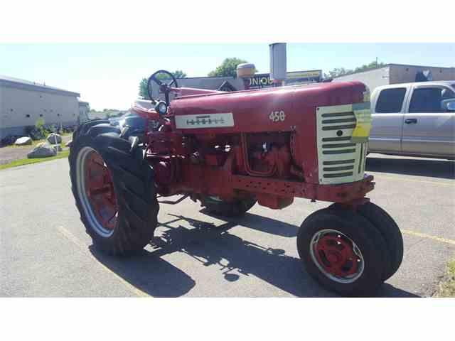 1957 Farmall 450   992736