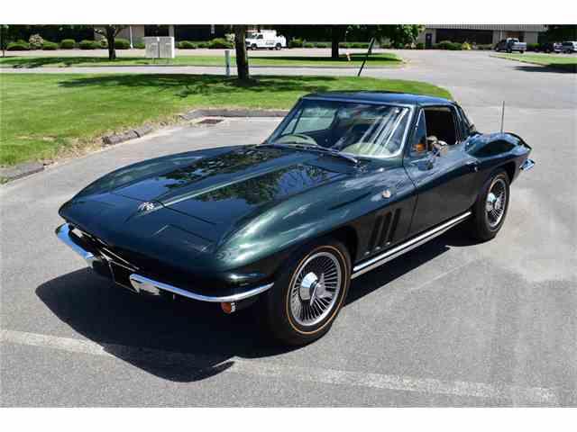 1965 Chevrolet Corvette   992896