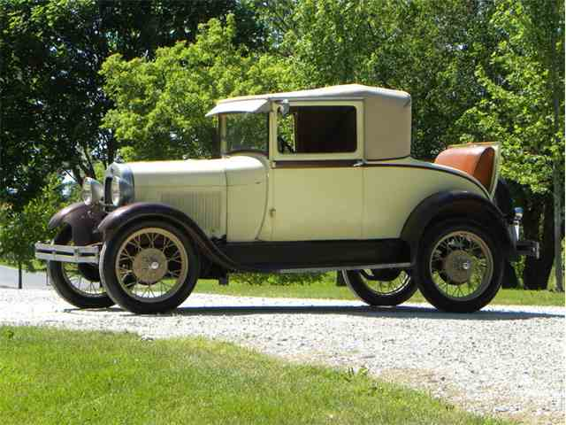 1928 Ford Model A Sport Coupe | 993007