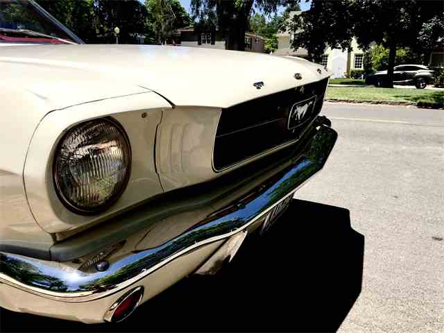 1965 Ford Mustang | 993336