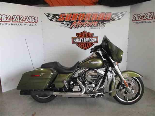 2016 Harley-Davidson® FLHX - Street Glide® | 993437