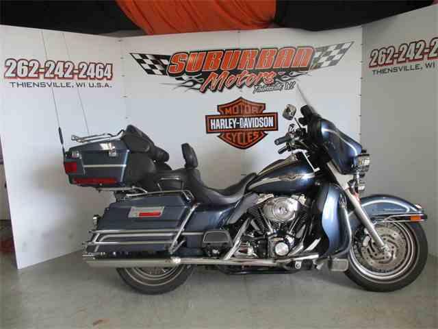 2003 Harley-Davidson® FLHTC-UI | 993441