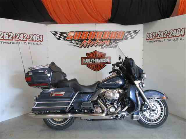 2009 Harley-Davidson® FLHTCU - Ultra Classic® Electra Glide® | 993442