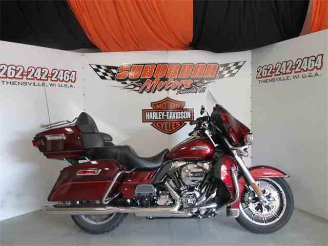 2016 Harley-Davidson® FLHTCU - Electra Glide® Ultra Classic® | 993443