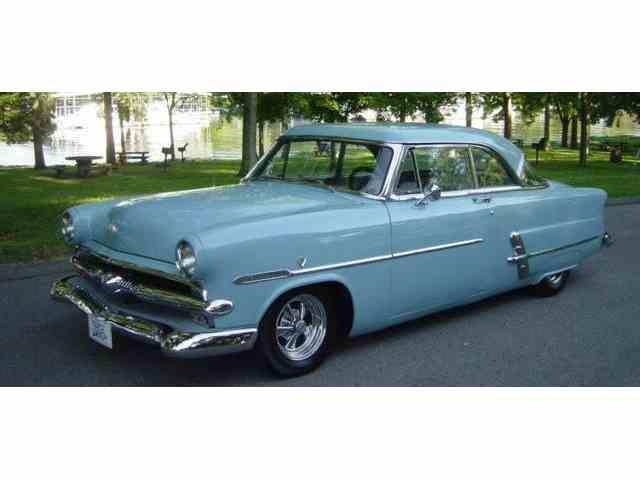 1953 FORD VICTORIA 2-DR HARDTOP   993505