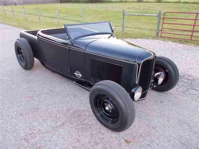1932 Ford Roadster | 993542