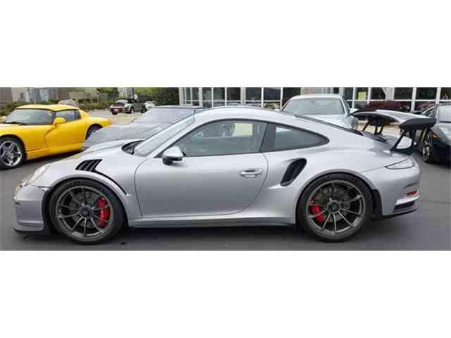 2016 Porsche 911   993599