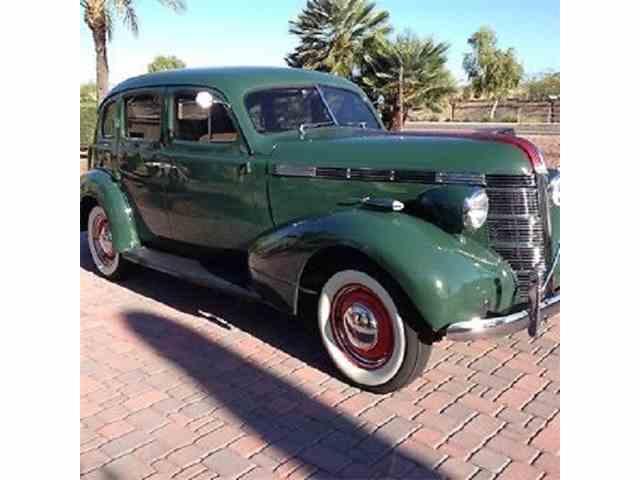 1937 Pontiac Silver Streak | 993672
