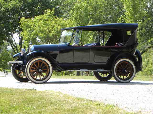 1918 Oldsmobile Model 37 Touring | 993818