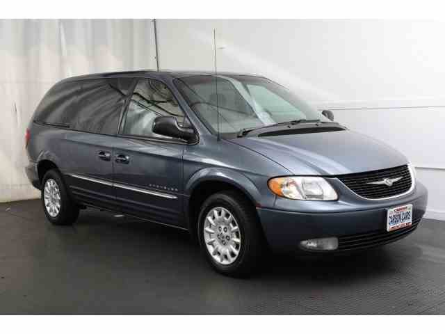 2001 Chrysler Town & Country | 993865