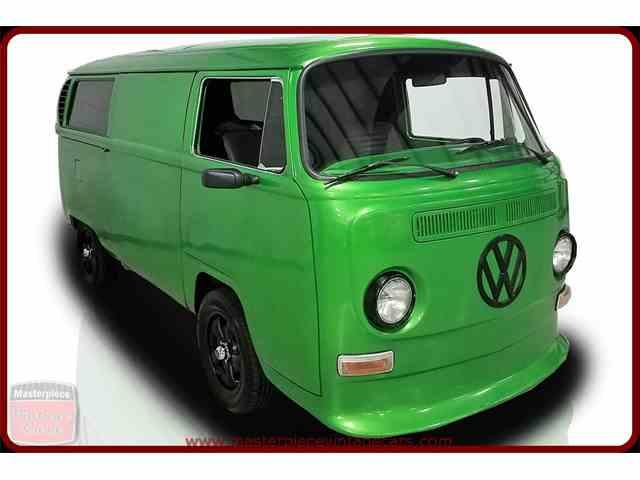 1971 Volkswagen Bus | 993904