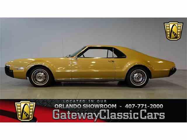 1966 Oldsmobile Toronado | 990414