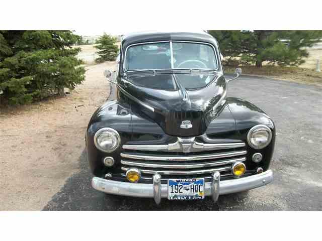 1948 Ford 2-Dr Sedan | 994140