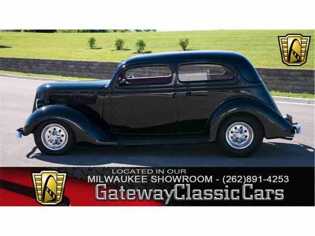 1936 Ford Sedan | 990416