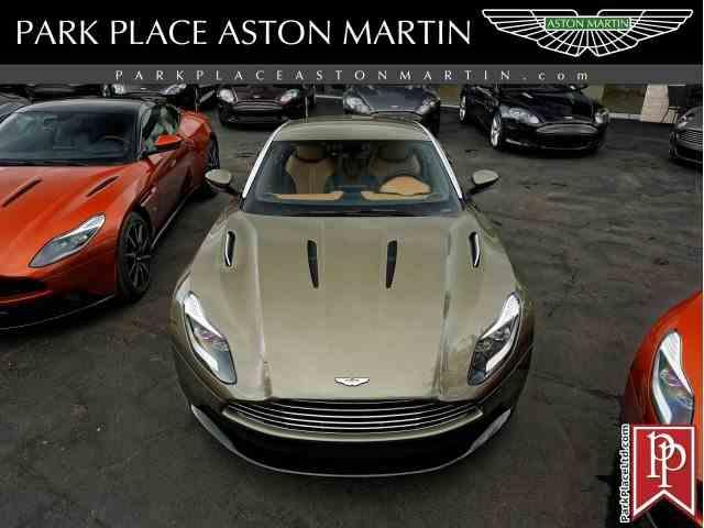 2017 Aston Martin DB11   994231