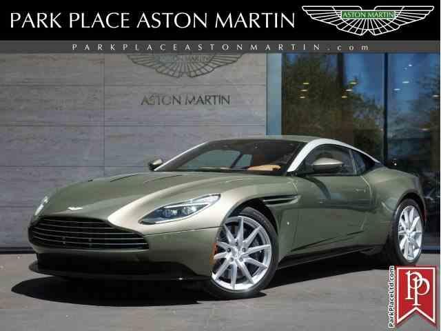 2017 Aston Martin DB11 | 994231