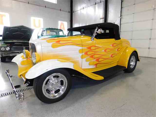 1932 Ford Roadster | 994257