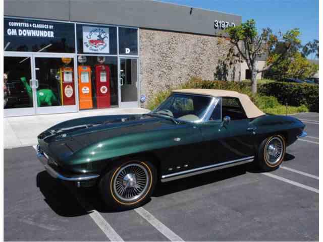 1965 Chevrolet Corvette | 994454