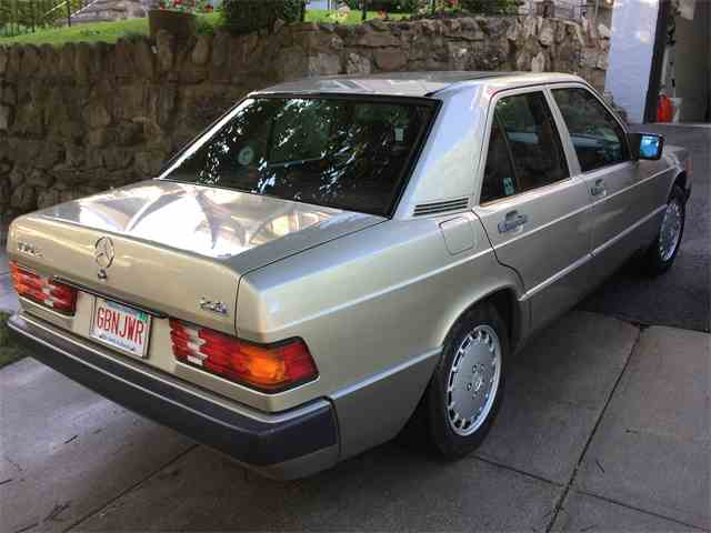 1989 Mercedes-Benz 190E | 994637