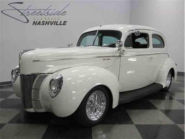 1940 Ford Tudor Sedan Deluxe | 994840