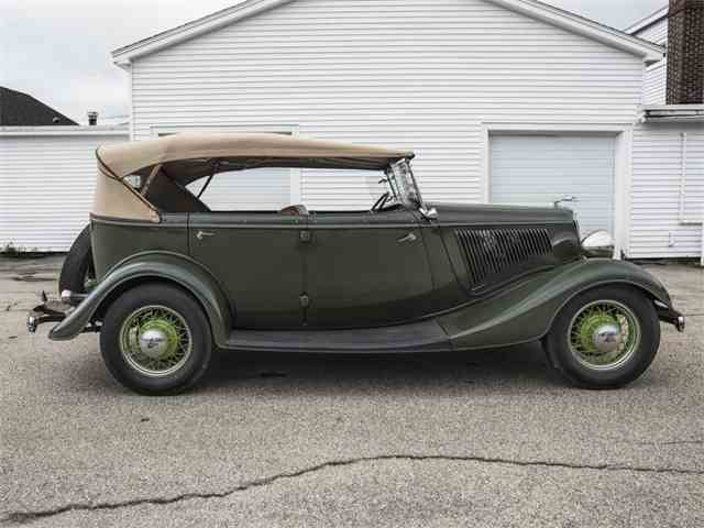 1934 Ford Phaeton | 994937