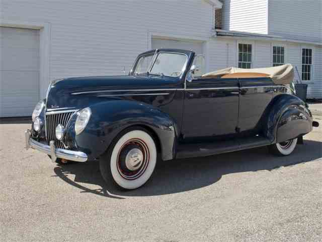 1939 Ford Deluxe | 994941