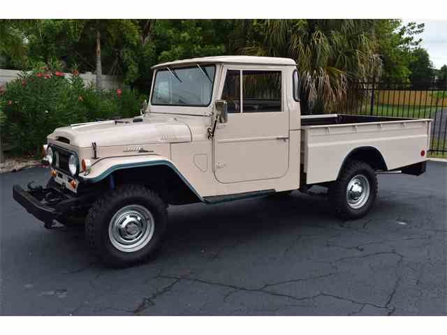 Picture of '67 Toyota Land Cruiser FJ Auction Vehicle Offered by Ideal Classic Cars - L89T