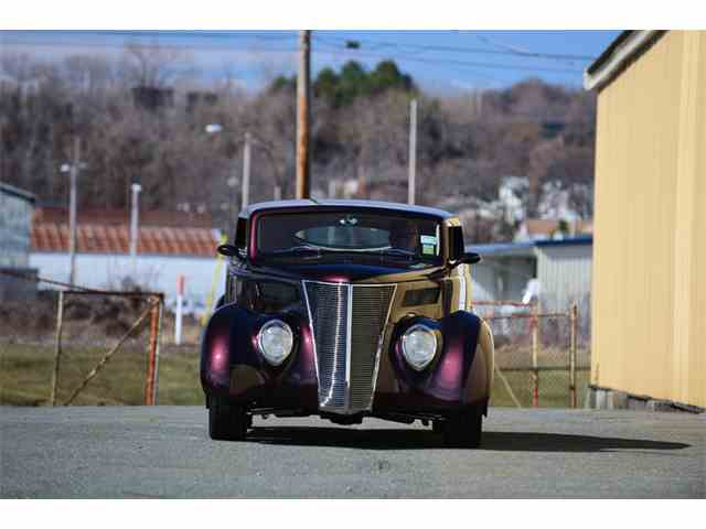 1937 Ford Cabriolet | 994972