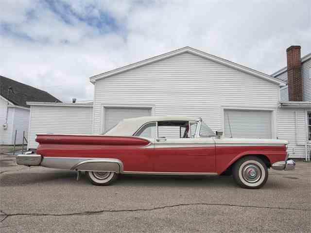 1959 Ford Galaxie | 995255