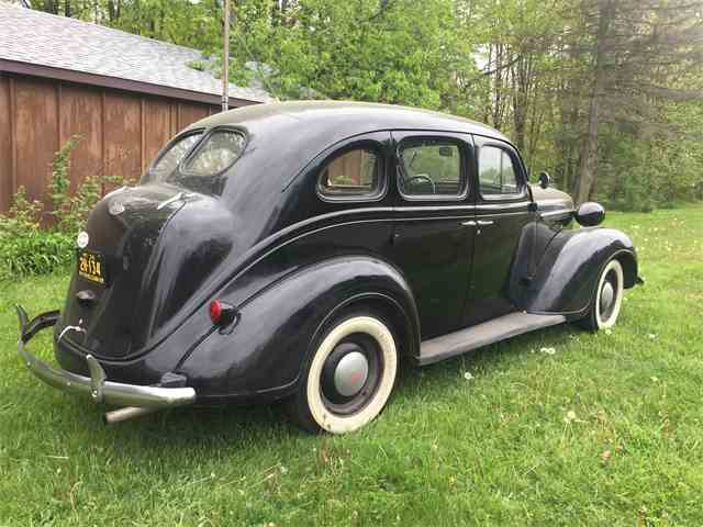 1938 Plymouth Sedan | 995285