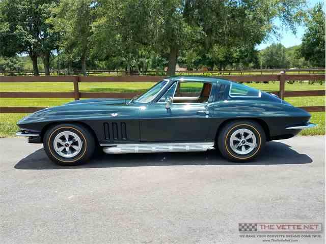 1965 Chevrolet Corvette | 995314