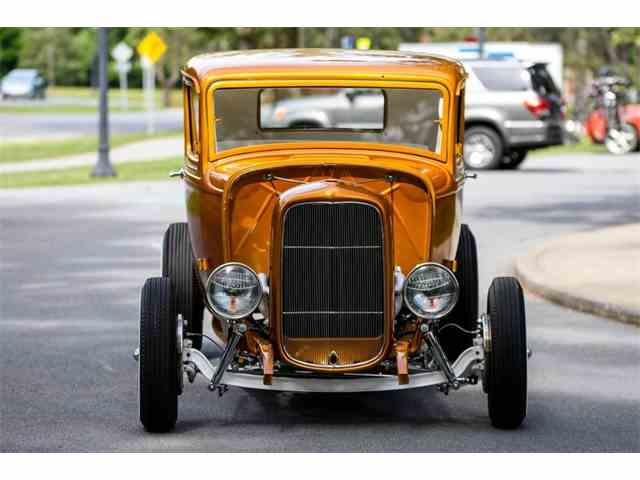1932 Ford 5-Window Coupe | 995321