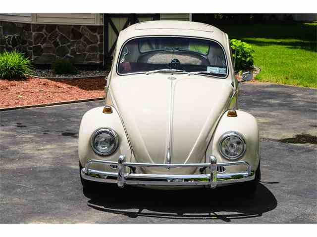 1967 Volkswagen Beetle Deluxe Sedan Sunroof | 995372