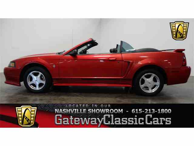 2001 Ford Mustang | 995440