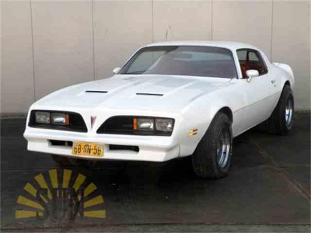 1977 Pontiac Firebird | 990545