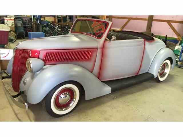 1936 Ford Cabriolet | 995574