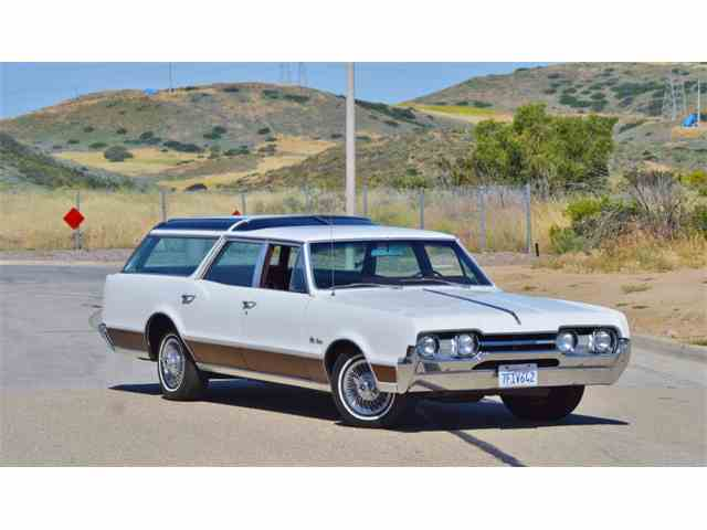 1967 Oldsmobile Vista Cruiser | 995585