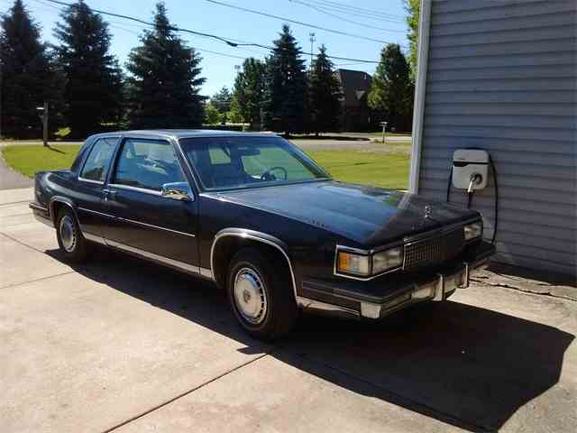 1987 Cadillac Coupe DeVille | 995795
