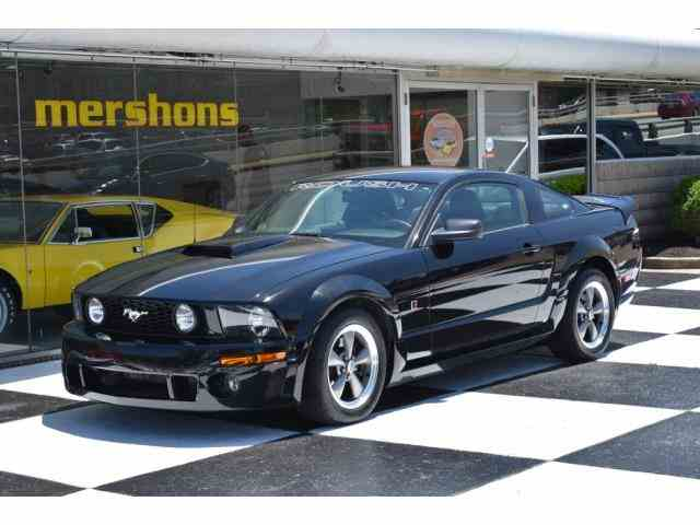 2005 Ford Mustang | 995887
