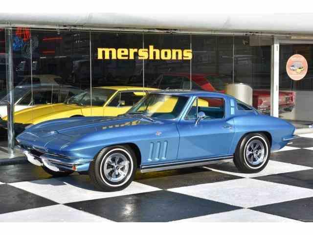 1965 Chevrolet Corvette | 995893