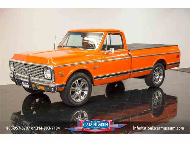 1972 Chevrolet C10 Custom Deluxe Pickup | 995936