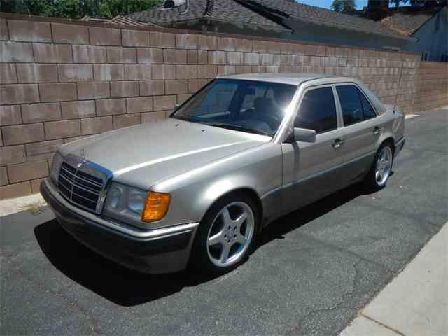 1992 Mercedes-Benz 500 | 996120