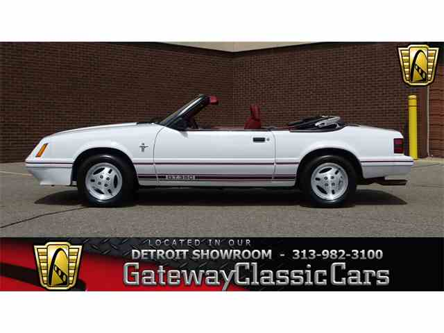 1984 Ford Mustang | 996190