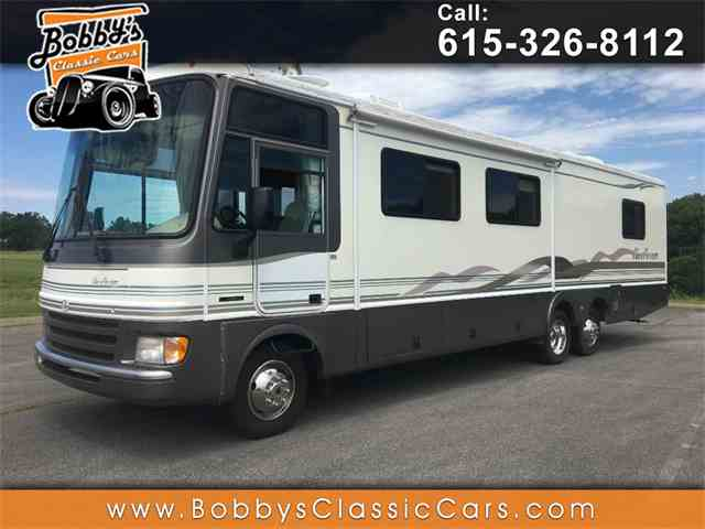 1999 Fleetwood Pace Arrow | 996223