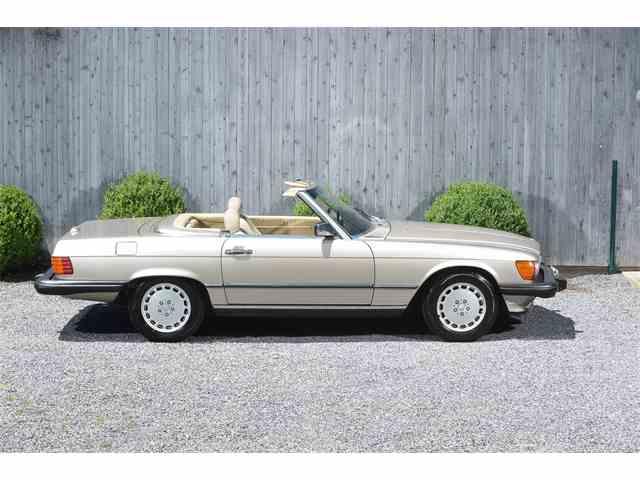 1989 Mercedes-Benz 560 | 996537