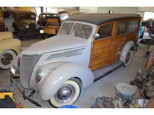 1937 Ford Woody Wagon | 996594