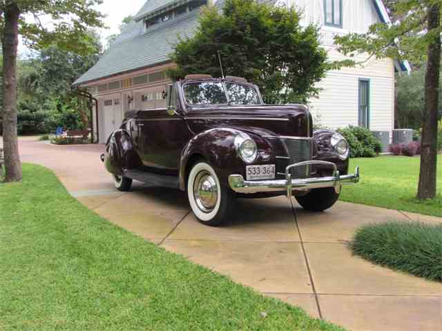 1940 Ford Deluxe | 996722