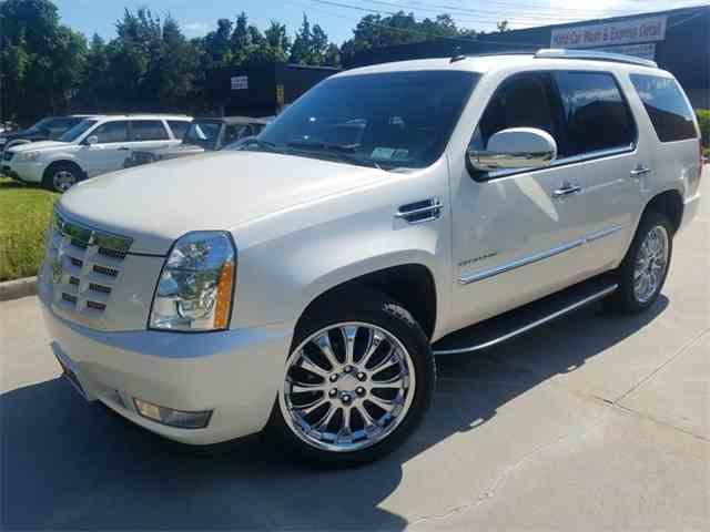2011 Cadillac Escalade | 996786